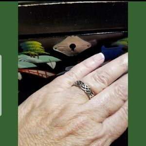 Jewelry - ☘️MADE IN IRELAND☘️ Genuine Celtic Braid Ring